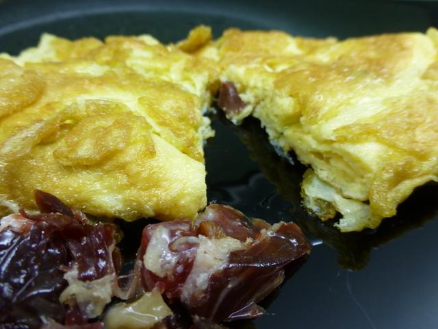 Omelette con prosciutto iberico